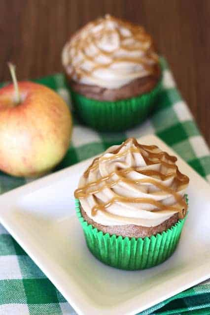 caramel apple cupcakes1